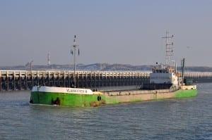 hopper-barge