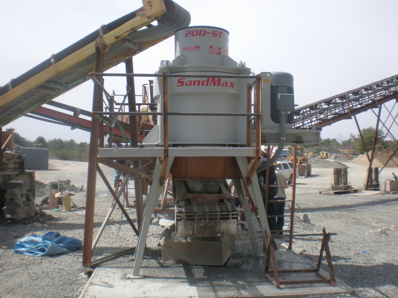 Material Handling Crushing Equipment - Sandmax 200-ST Crusher