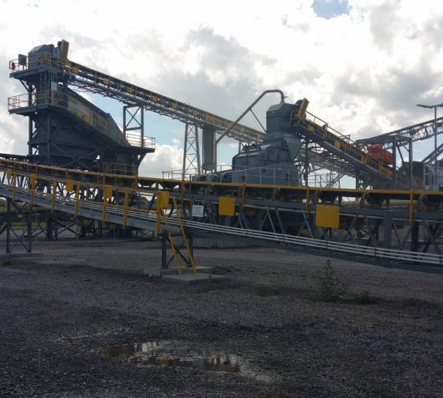 Screening and Crushing Station
