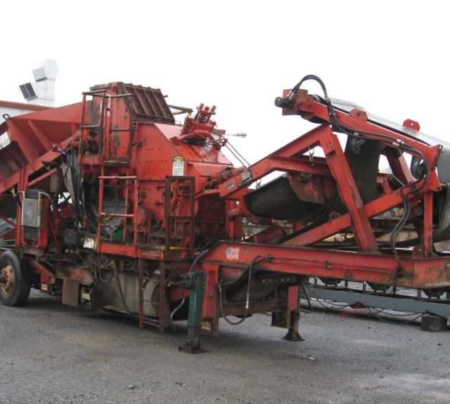 Used Material Handling Crushing Equipment - Pioneer 4030 Impactor Crusher Portable Plant