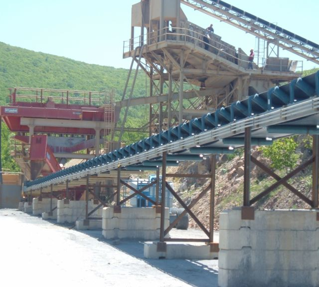 Material Handling Conveying System - Overland Conveyor Equipment Installation